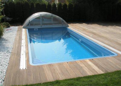 Bangkirai bazén